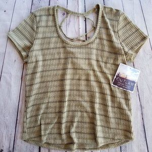 NWT - OUTLAW knit top size M